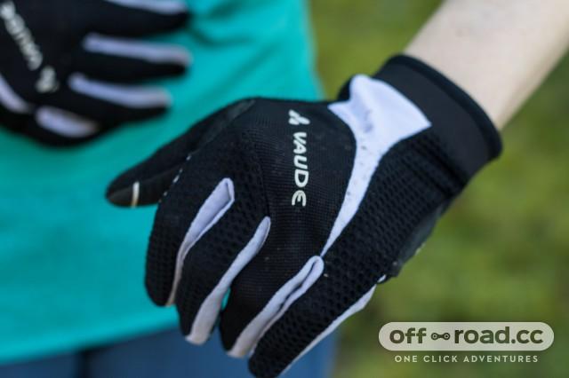 Vaude Women's Dyce Gloves-4.jpg