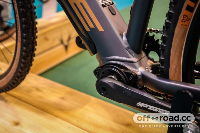 Whyte Gosport grave e-bike-10.jpg
