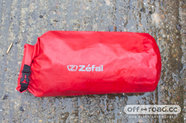 Zefal-Z-Adventure-F10-Bar-bag-Review-3.jpg