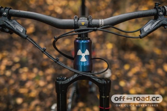 Nukeproof Mega 275 Carbon RS Detail bars