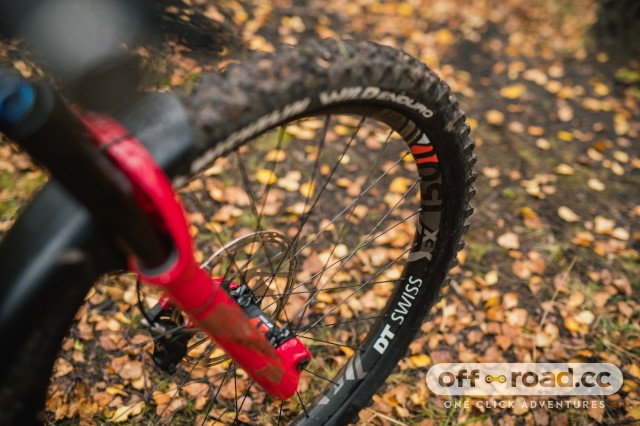 Nukeproof Mega 275 Carbon RS Detail tyre