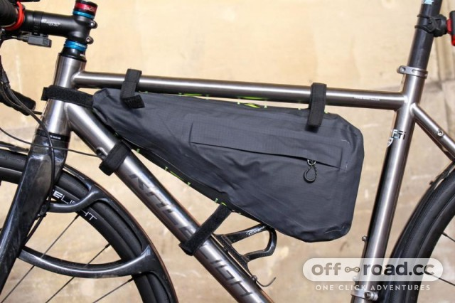 altura-vortex-waterproof-framepack-back.jpg