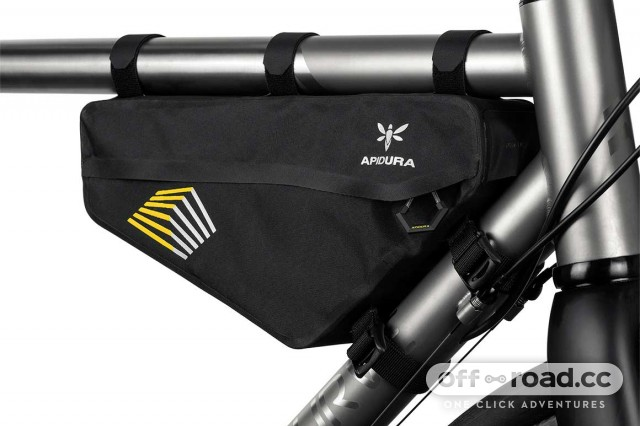 apidura-racing-frame-pack-2.4l-on-bike-2.jpg