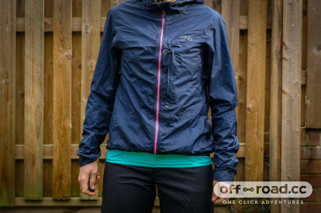 dhb women's lightweight packable MTB jacket-4.jpg