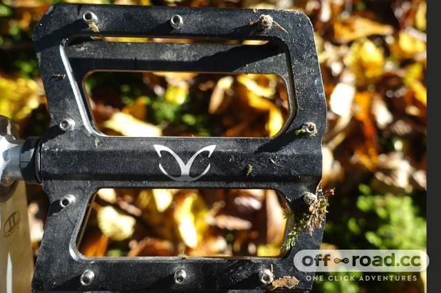 eXotic-Alloy-Flat-pedals-alt.jpg