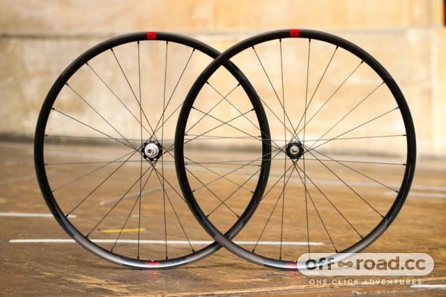 fulcrum-rapid-red-700c-29er-gravel-wheelset.jpg