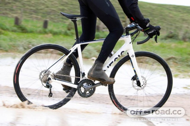 genesis-datum-10-riding-2.jpg