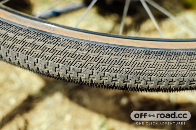 halo-gravel-tyre-range-RXR horizontal.jpeg