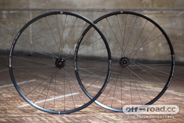 hunt-4-season-gravel-disc-x-wide-wheelset.jpg