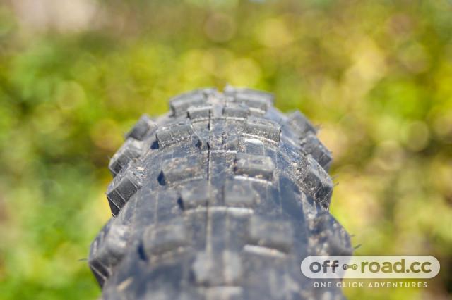 hutchinson-toro-koloss-tyre-review-2.jpg