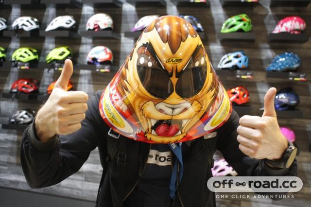icebike19 lazer record helmet 3.JPG