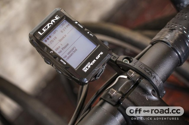 lezyne-super-navigate-gps-loaded-bundle.jpg