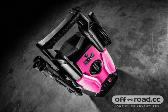muc-off-pressure-washer-102.jpg