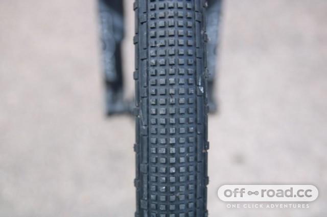 panaracer-gravelking-sk-tyre-5.jpg