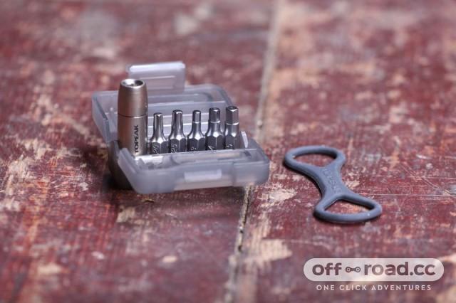 topeak-nano-torqbox-5nm.jpg