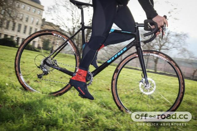 vitus-energie-crx-riding-2.jpg