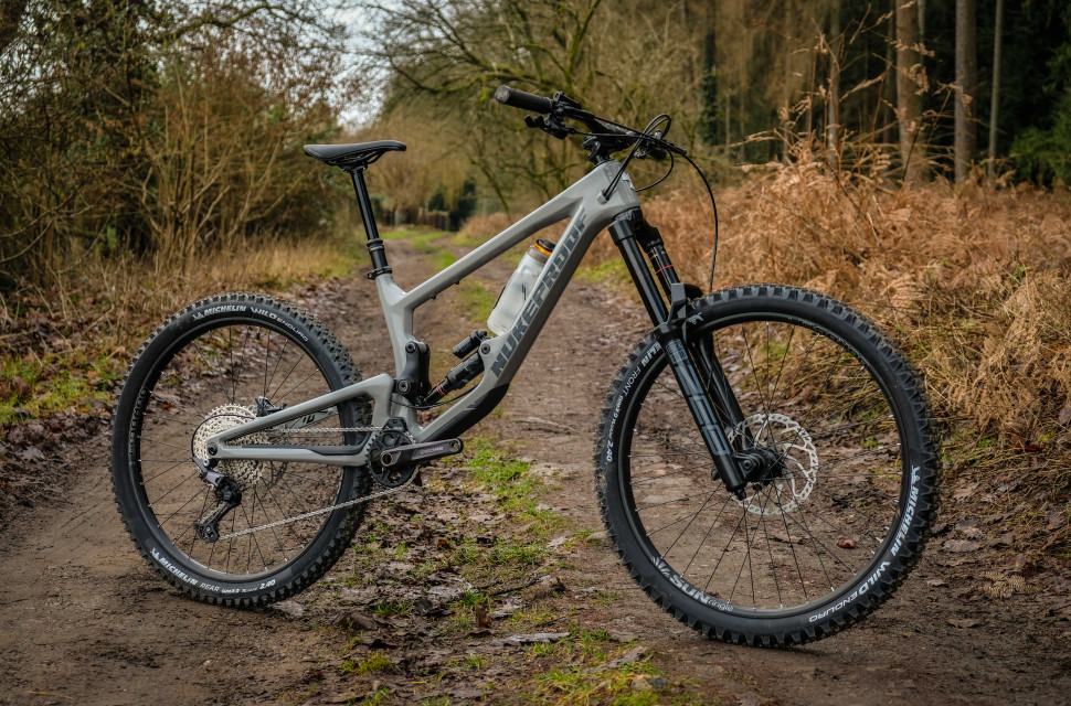 2021 Nukeproof Giga Comp 275 Whole bike-24.jpg