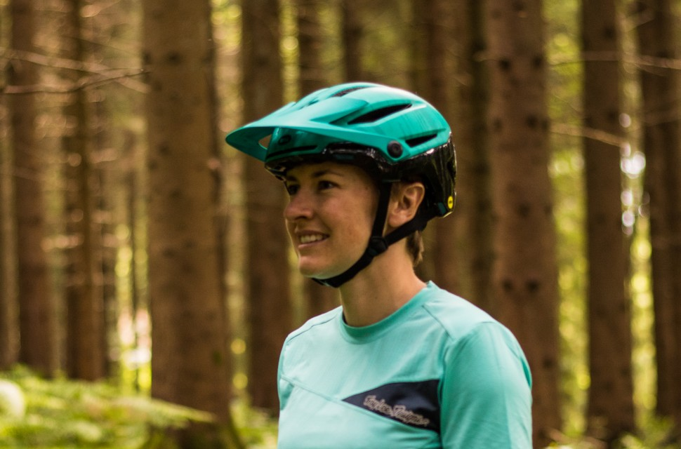 Bell Sixer Mips Helmet Review Off Road Cc