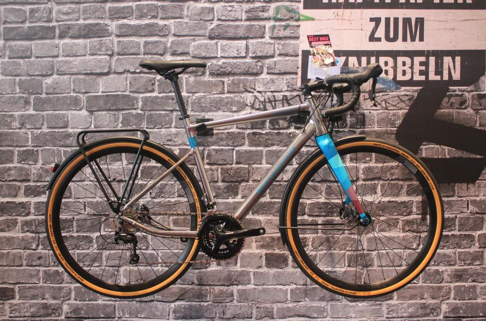 Gravel bike Bergamont Grandurance-1.jpg
