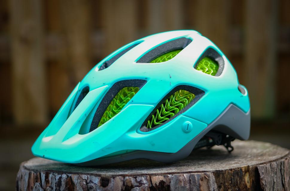 Bontrager Blaze WaveCel Helmet-3.jpg