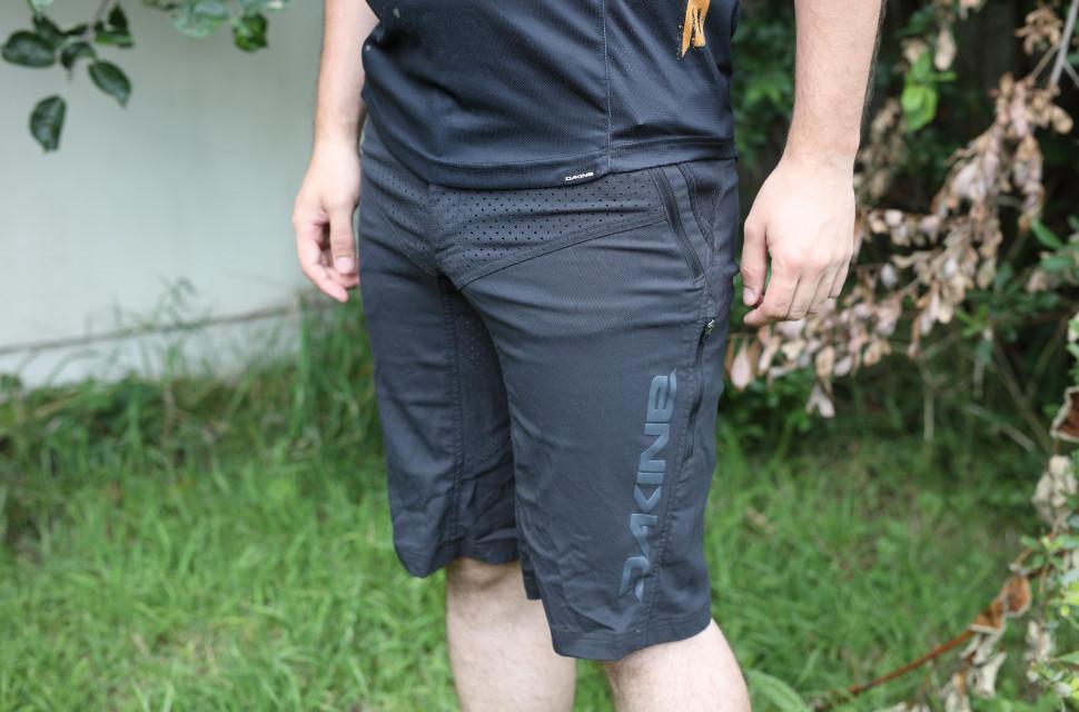 Dakine Thrillium Shorts hero.jpg