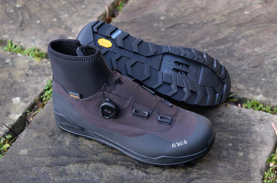 Fizik Artica X2 shoes3.JPG
