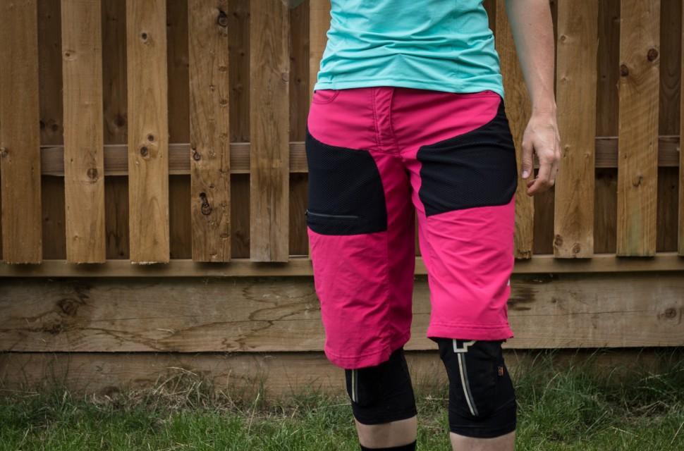 GORE Women All Mountain Shorts-1.jpg
