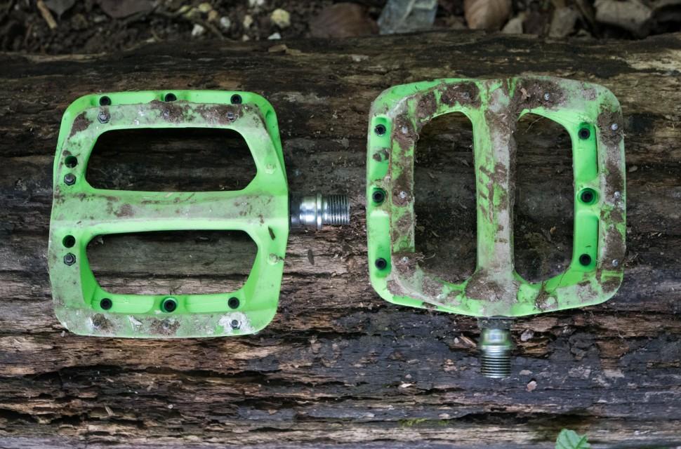 HT PA03A Nylon Flat Pedals