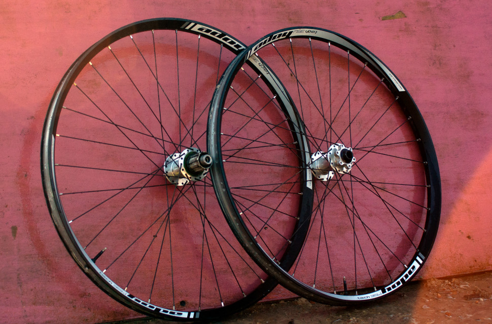 Hope Tech 35W Pro 4 Wheelset review3.jpg
