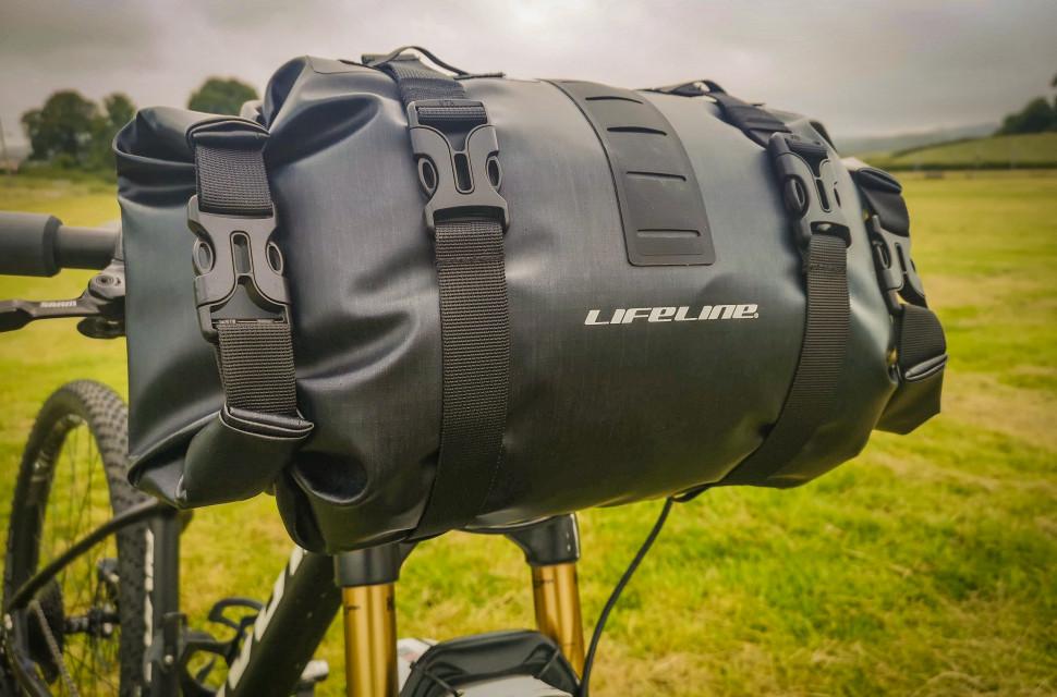 Lifeline Adventure handlebar bag-1.jpg