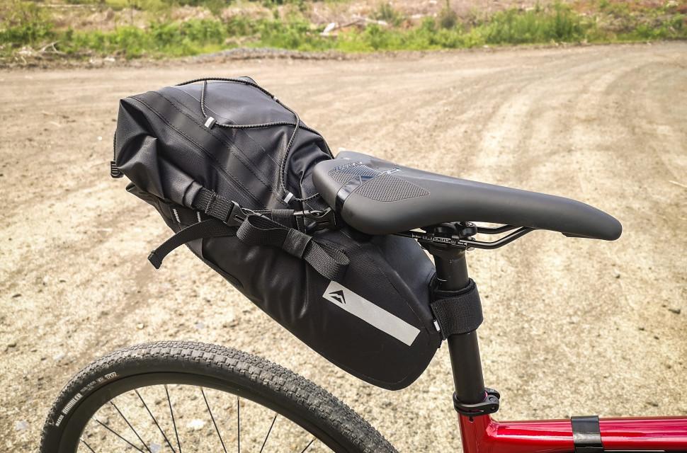 merida travel seat pack bag