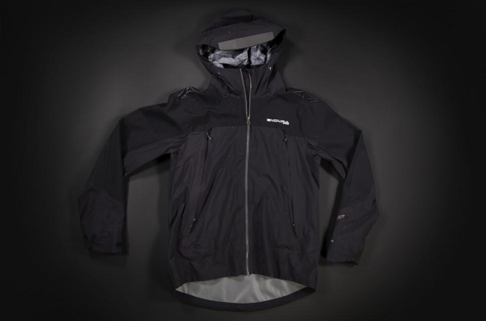 MT500 Jacket FLAT cover:hero.jpg