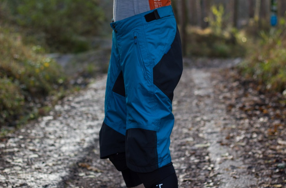 Madison DTE Waterproof Shorts Womens-2.jpg