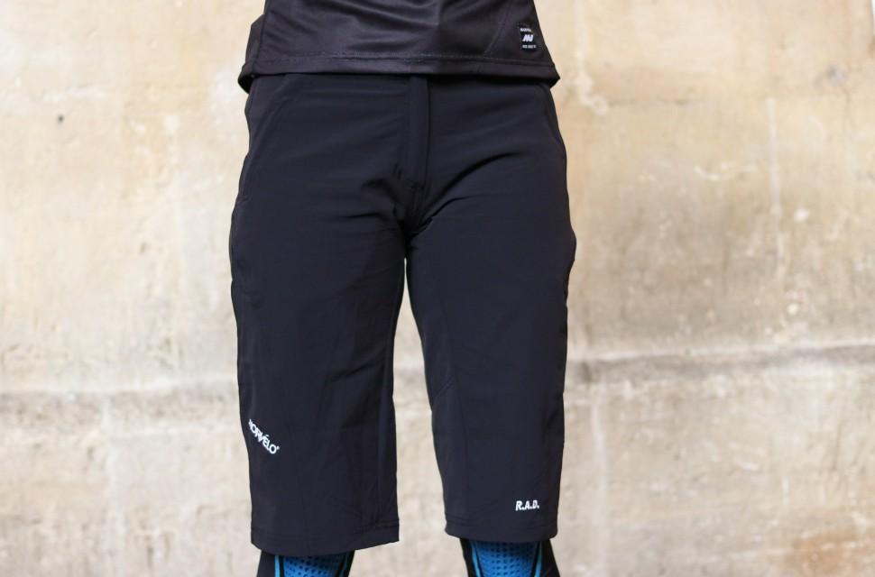 Morvelo Women_s RAD Shorts-2.jpg