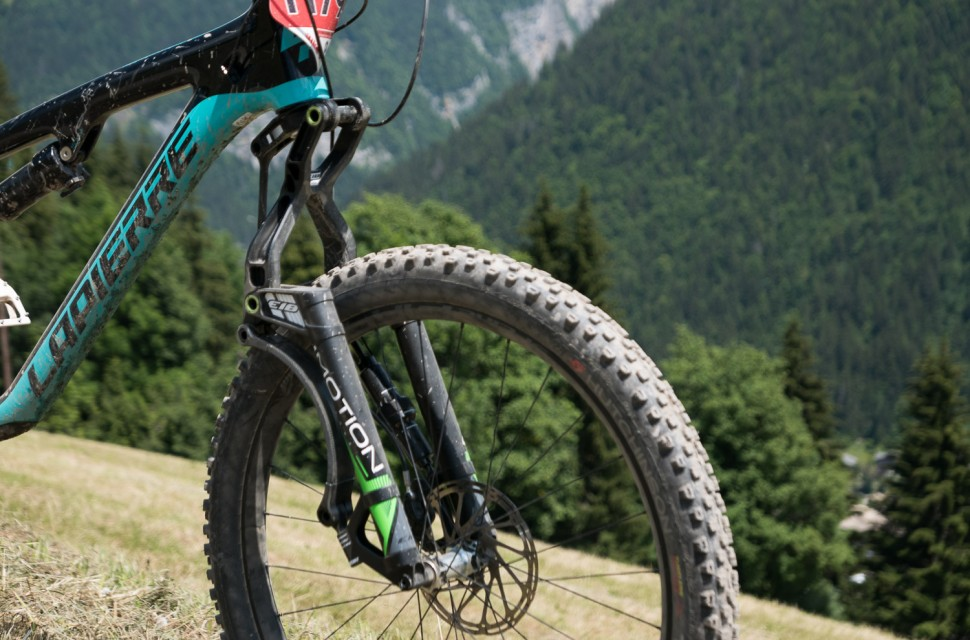 Best Full Suspension Mountain Bike >> First Ride: Motion's E18 anti-dive linkage fork | off-road.cc