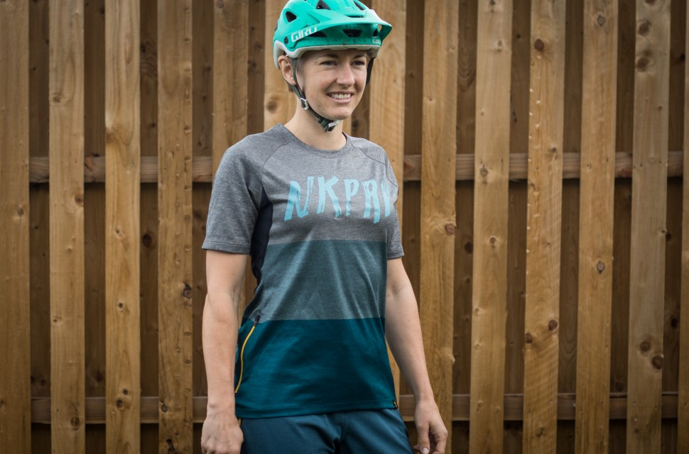 Nukeproof Blackline Women s Jersey review  4a7a46496