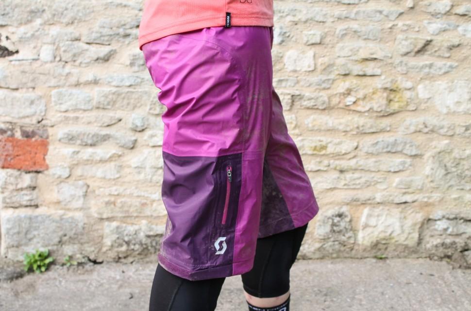 Scott MTN Dryo 50 Women's Waterproof Shorts-2.jpg
