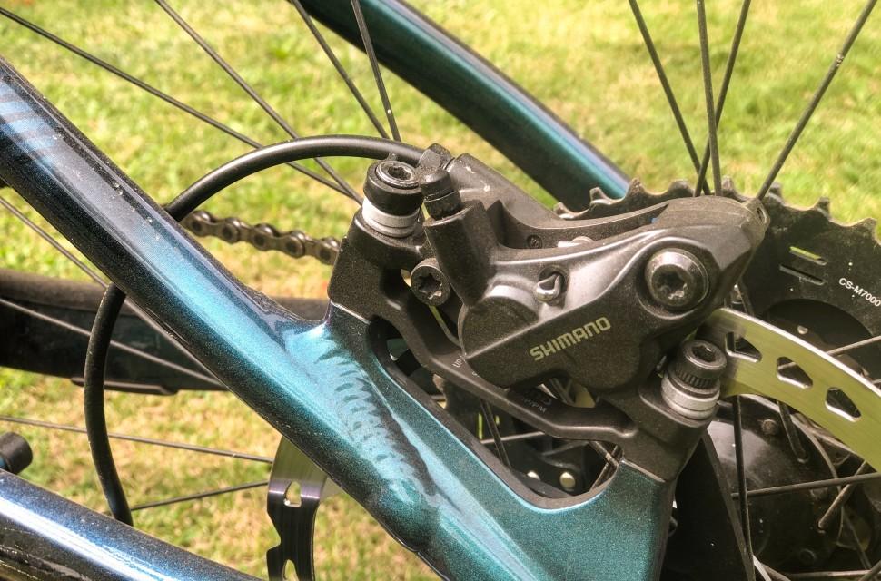 7cf6b5dbaf9 Shimano quietly launch new cheap 4 piston brakes - Deore BR-MT520 ...