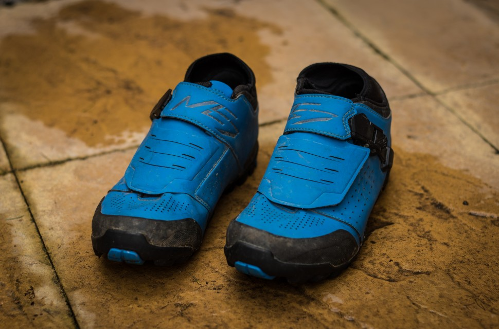 Shimano ME7 SPD shoes 2019-1.jpg