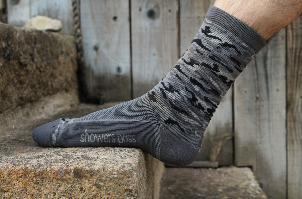 Showers Pass Crosspoint Knit Waterproof Socks-1.jpg