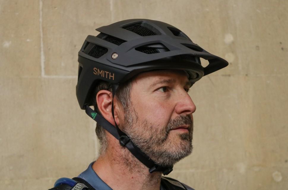 Smith Forefront 2 Helmet-1.jpg