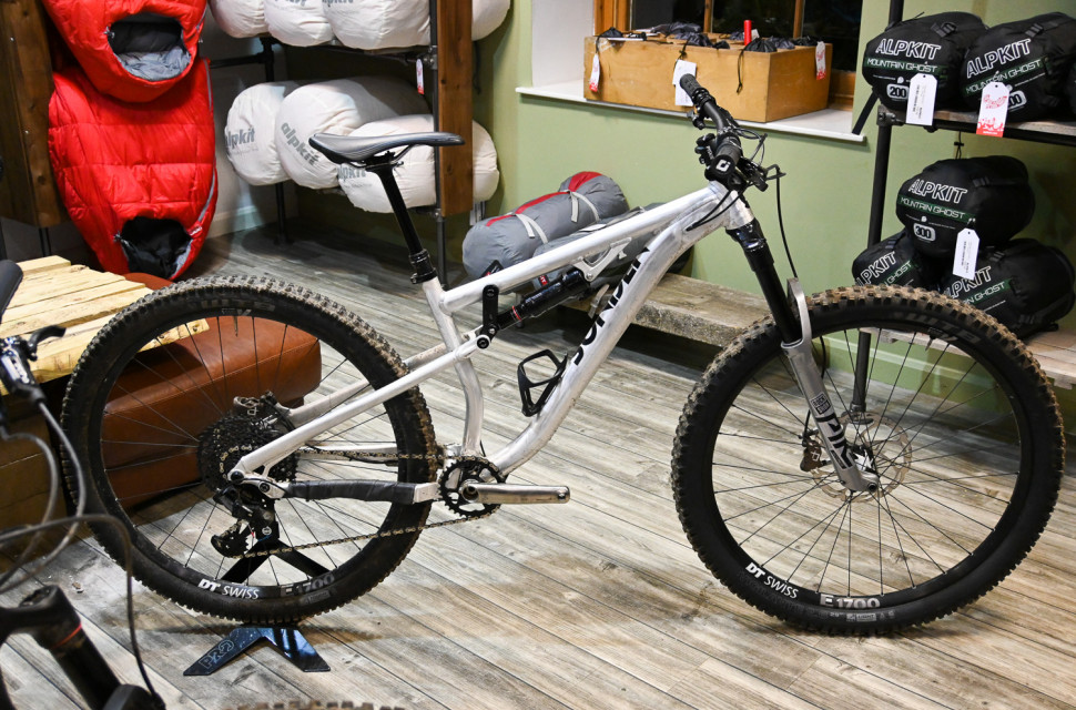 Sonder-Alpkit-2020-bikes-full-suspension-titanium-custom-gearbox-105.jpg