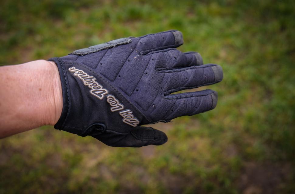 Troy Lee Designs Women's Ruckus Gloves-3.jpg