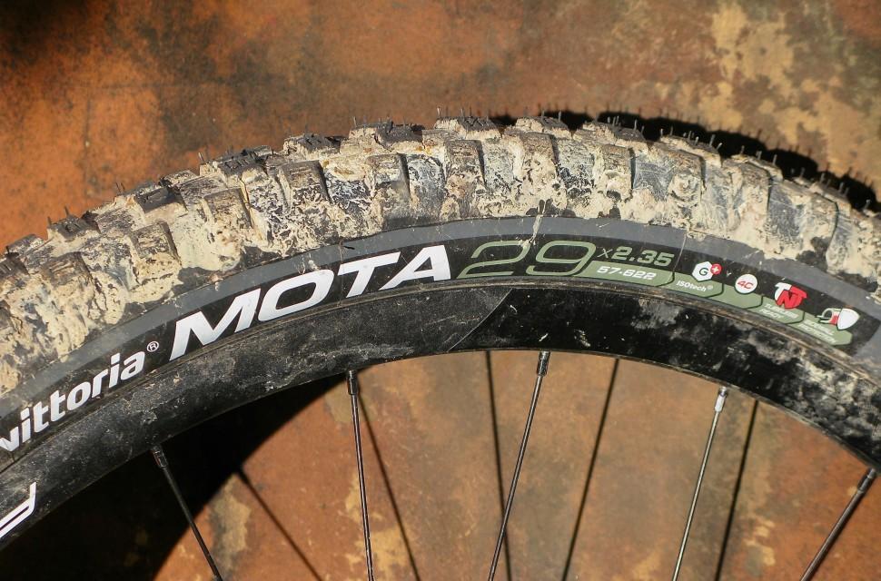 Vittoria-Goma-Mota-G-tyre-100.jpg