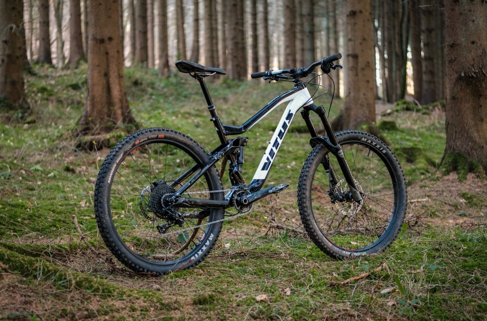 2bb81bdbec5 Vitus Sommet 27 review | off-road.cc