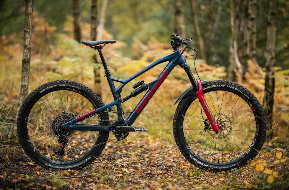 Nukeproof Mega 275 Carbon RS Detail whole bike