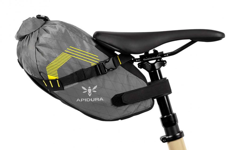 apidura-innovation-lab-dropper-saddle-pack-6l-on-bike-1.jpg