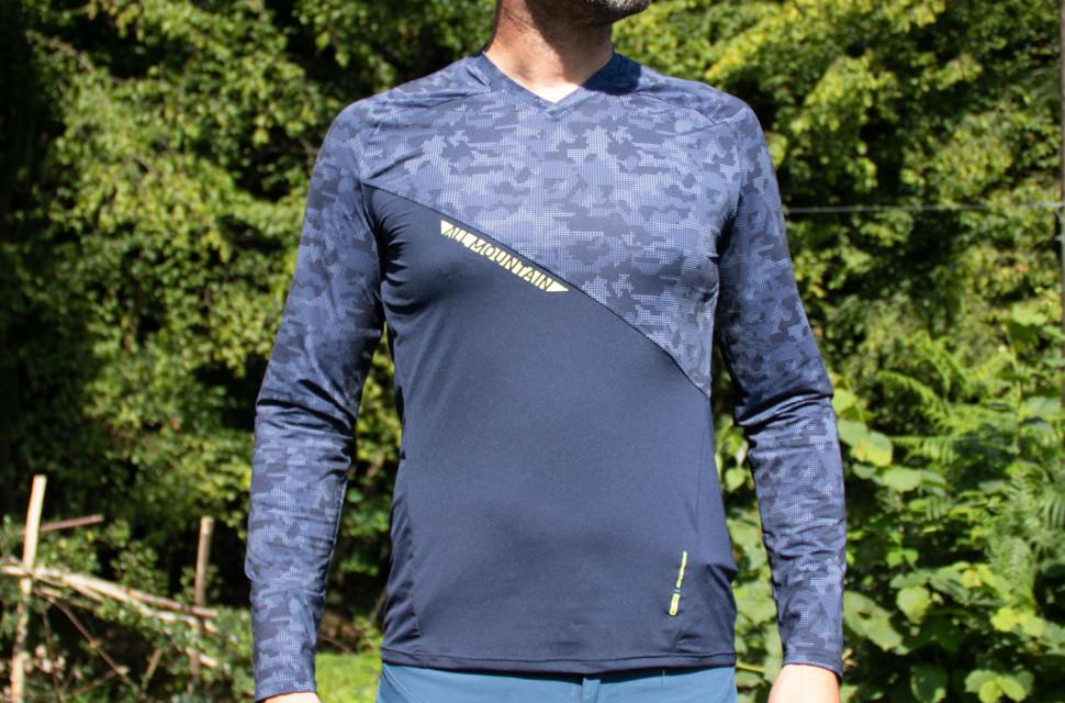 decathlon-rockrider-AM-longsleeve-jersey-review-front.jpg