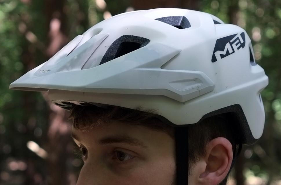 met-helmet-review-1.jpg