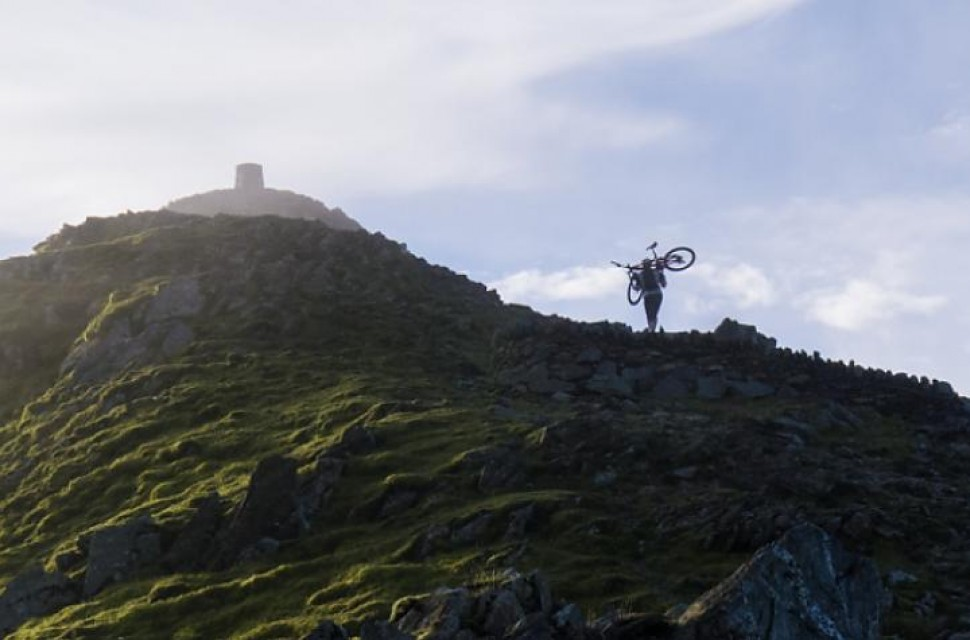 snowdon-cycling-uk.jpg